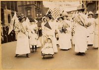 800px-Suffrage_parade-New_York_City-May_6_1912